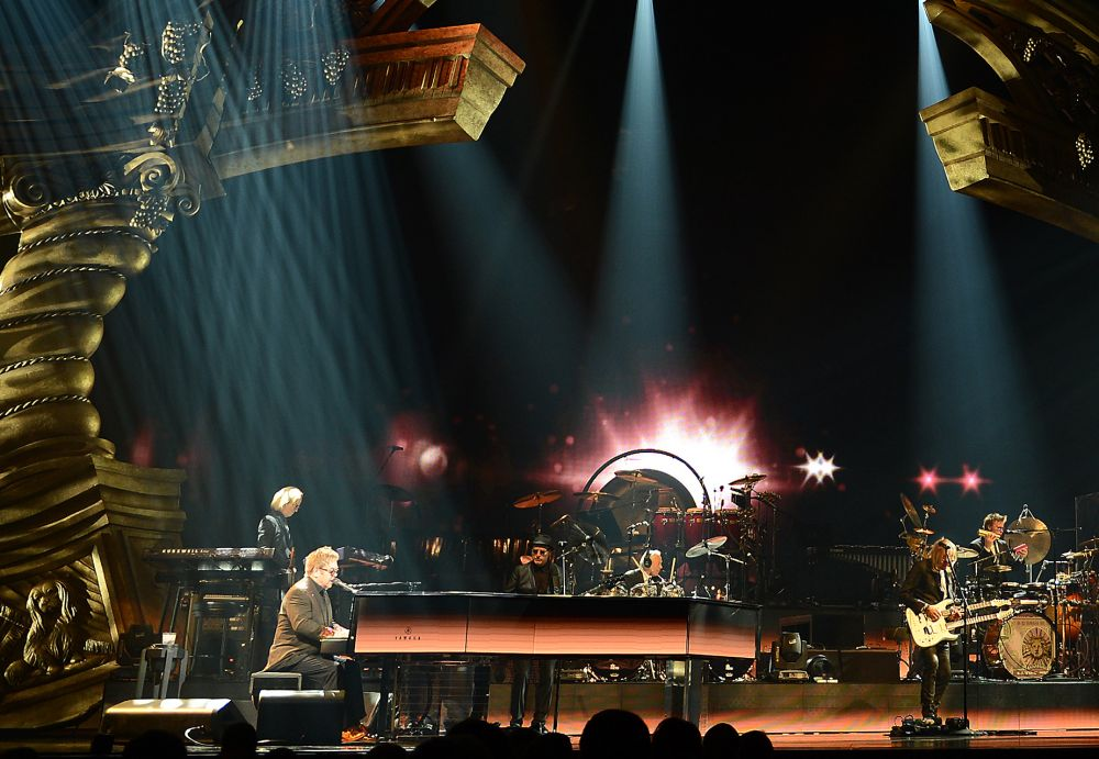 Davey and Kim onstage with Elton and the band at The Colosseum at Caesars Palace on March 23, 2015. (Photo: Denise Truscello)