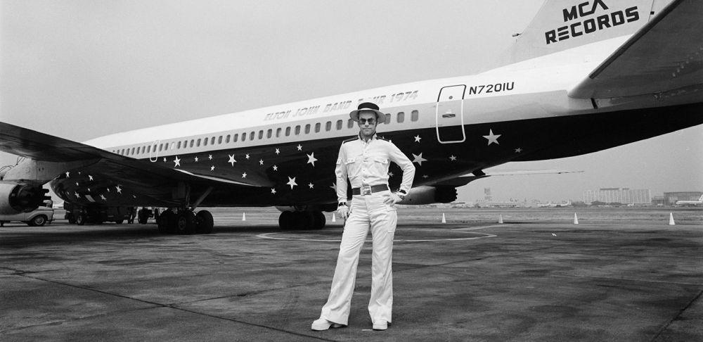 Fabulous Starship One Four Years Of Flying Fun Elton John Machost Co Dining Chair Design Ideas Machostcouk