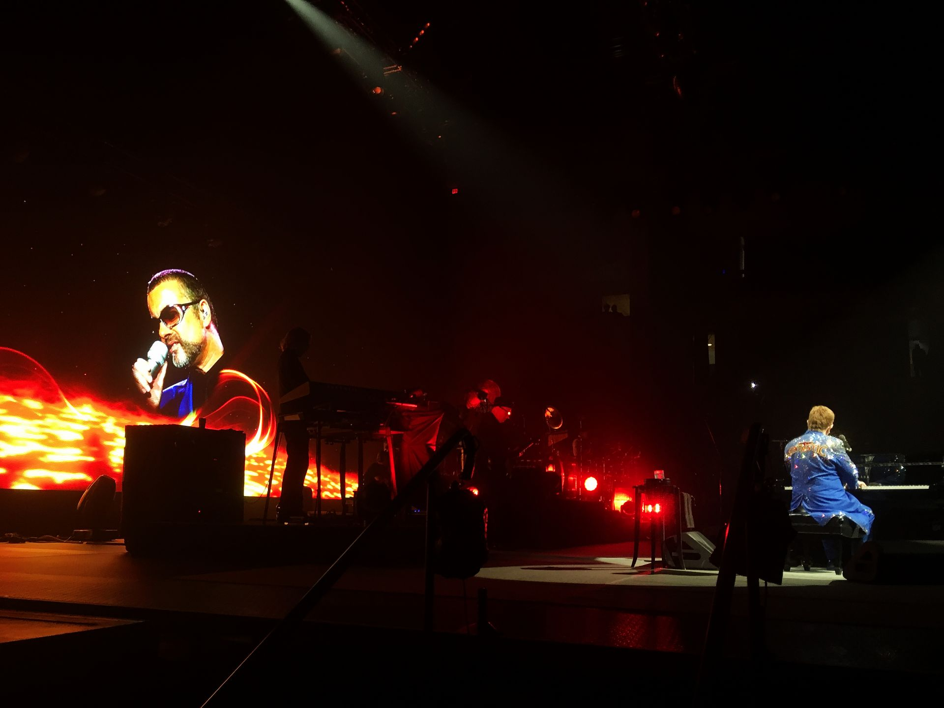 Elton performs 'Don't Let The Sun Go Down On Me' in Bangor, Maine: November 18, 2017. (Photo: John F. Higgins)
