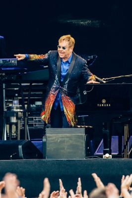 Elton performed at 131 concerts, private events and media appearances during the year, beginning with a show at the Hard Rock Hotel and Casino in Las Vegas on January 7 and ending with his first-ever New Year's Eve Million Dollar Piano show at The Colosseum at Caesars Palace, Las Vegas.